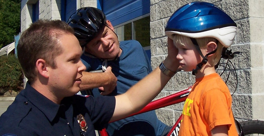 Choosing The Best Safety Helmets For Toddlers - What To Look For