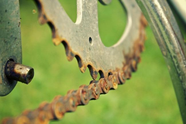 How to Clean A Rusty Bike Chain