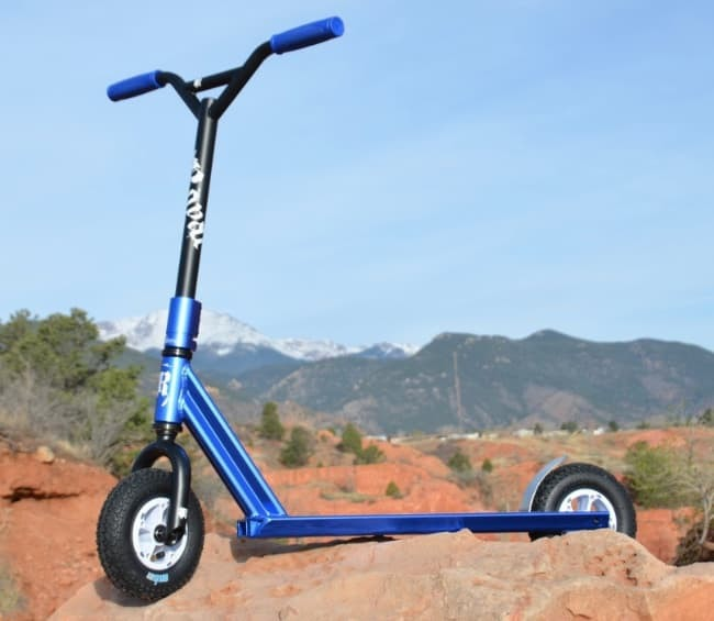 The Royal Scout XT Dirt is a tough scooter Vs a regular kick scooter